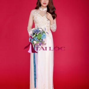 Áo dài cô dâu vàng ren 4 tà