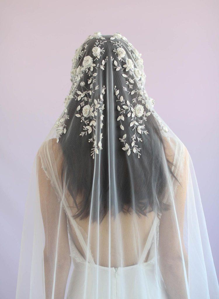 Cô dâu không được xuất hiện trước khi chú rể vào đón