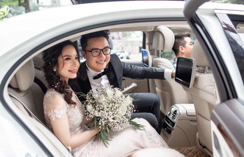 Cô dâu không quay đầu lại nhà mẹ sau khi rước dâu