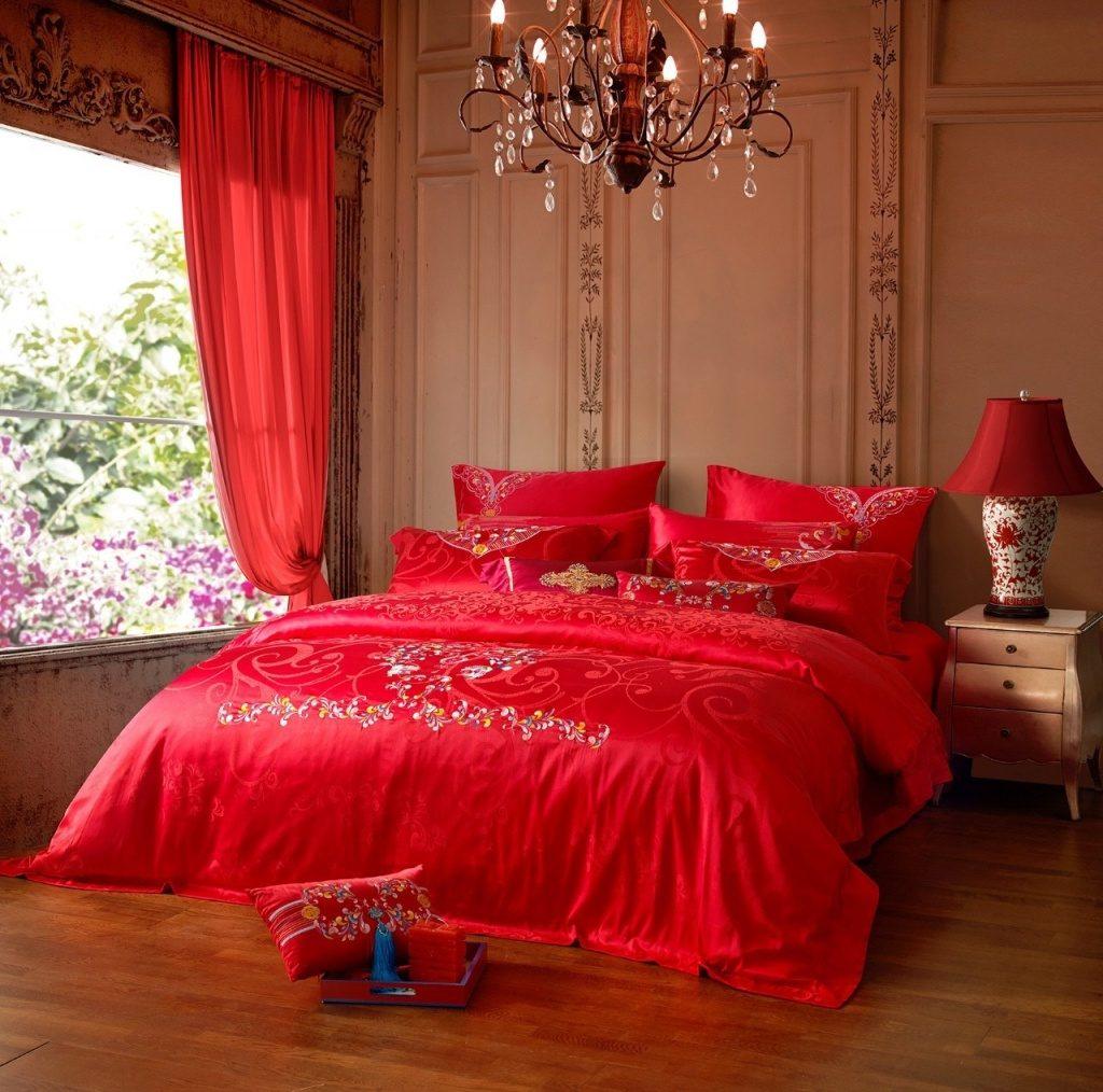 Giường tân hôn