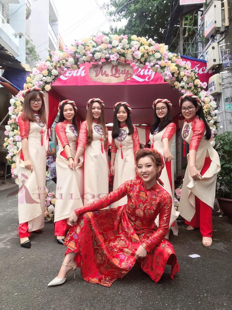 cách chọn áo dài cưới cho cô dâu