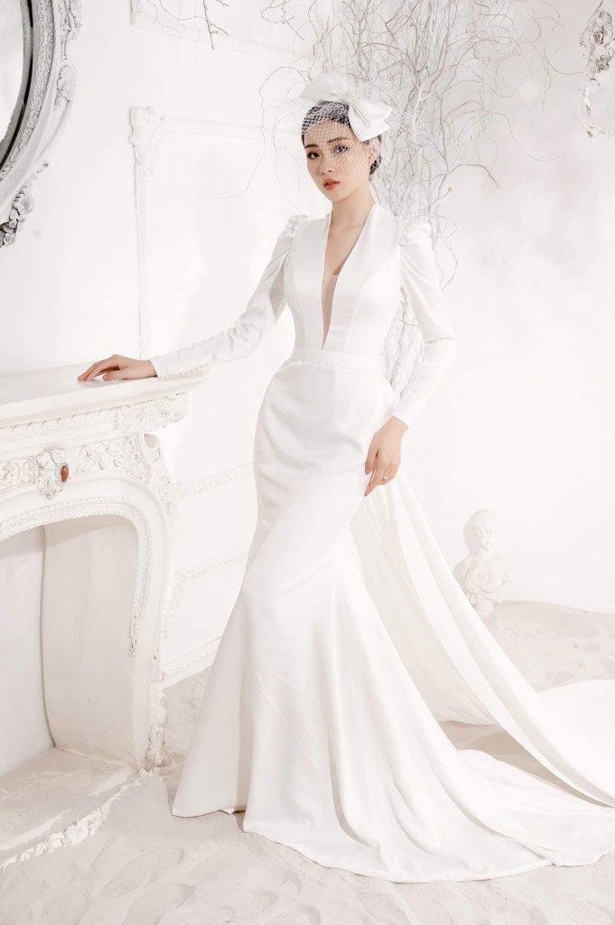 Váy cưới đuôi cá tay dài