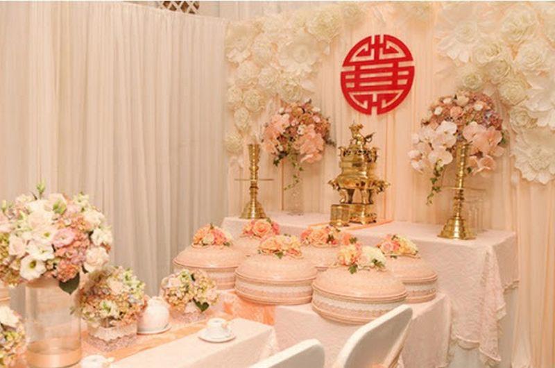Trang trí bàn thờ ngày cưới