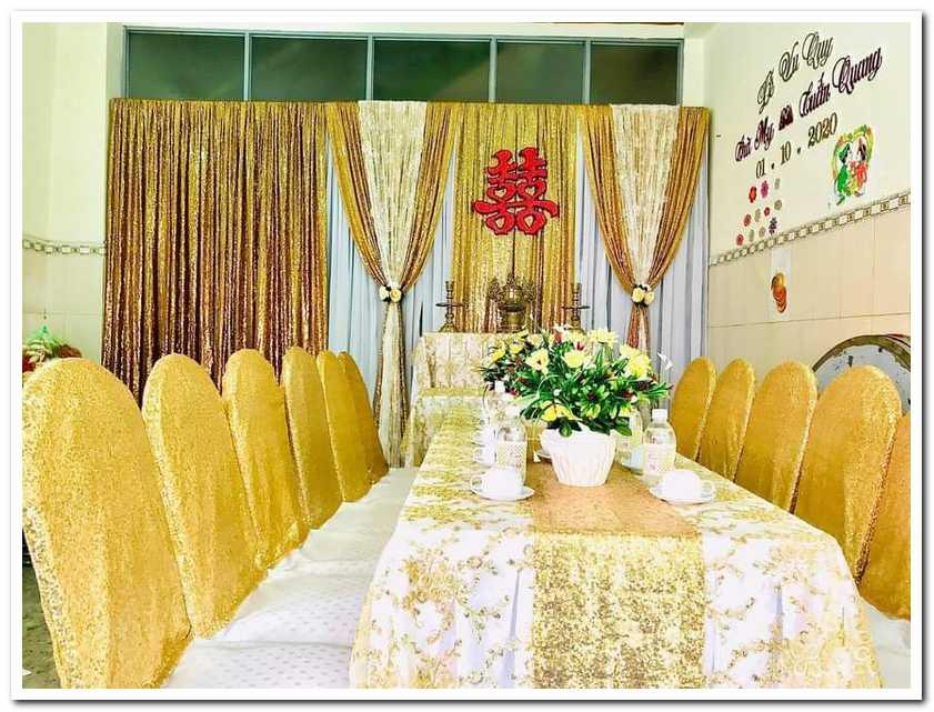 Trang trí nhà ngày cưới với tông màu chủ đạo vàng đồng