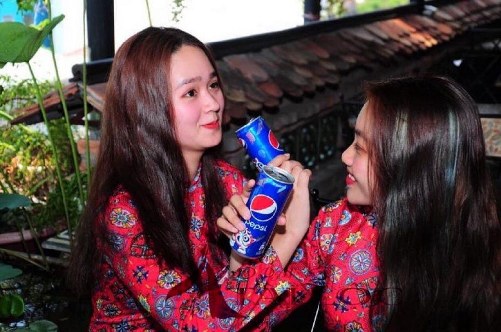 Áo Dài Cô 3 Sài Gòn Đỏ