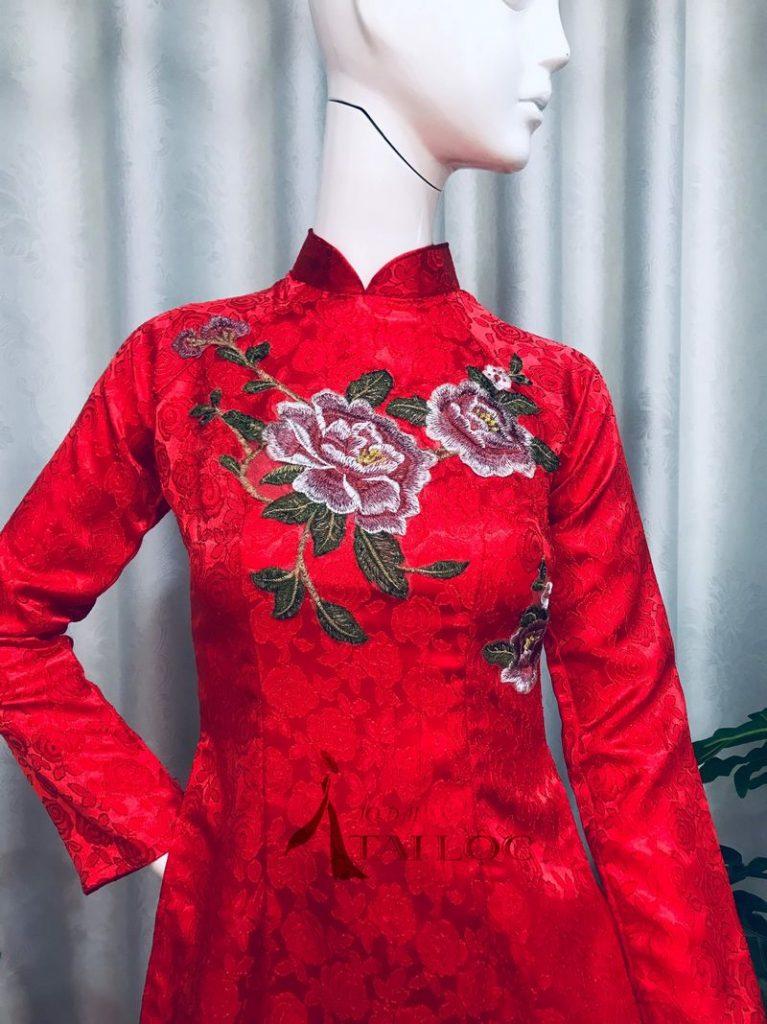 Áo Dài Cặp Đỏ Thêu Hoa Hồng