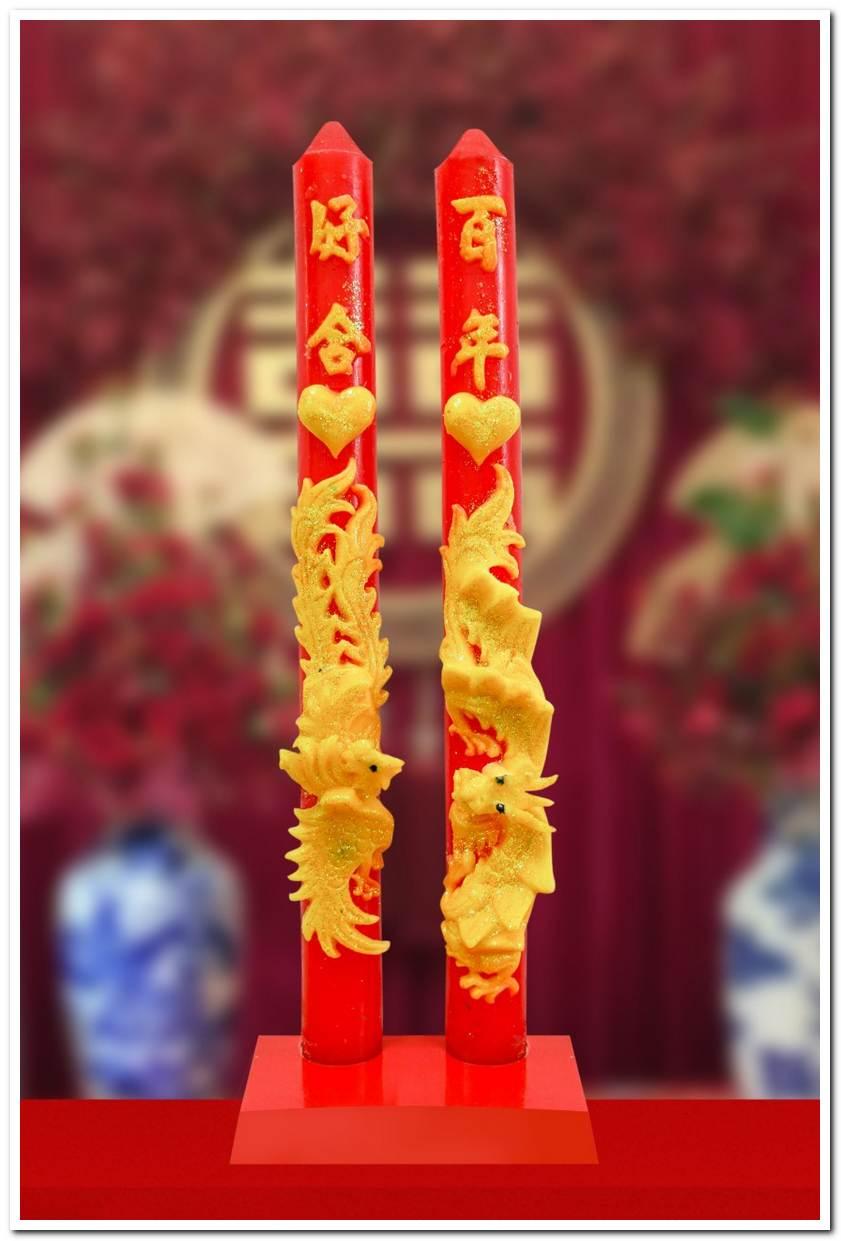Mua đèn cầy cưới tại áo dài cưới Tài Lộc