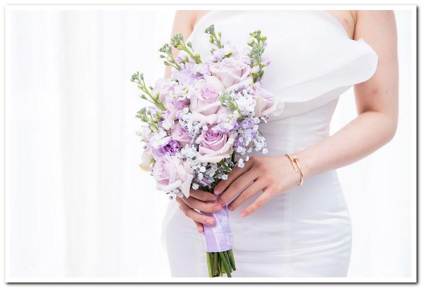 Bó hoa mang nhiều phong cách khác nhau
