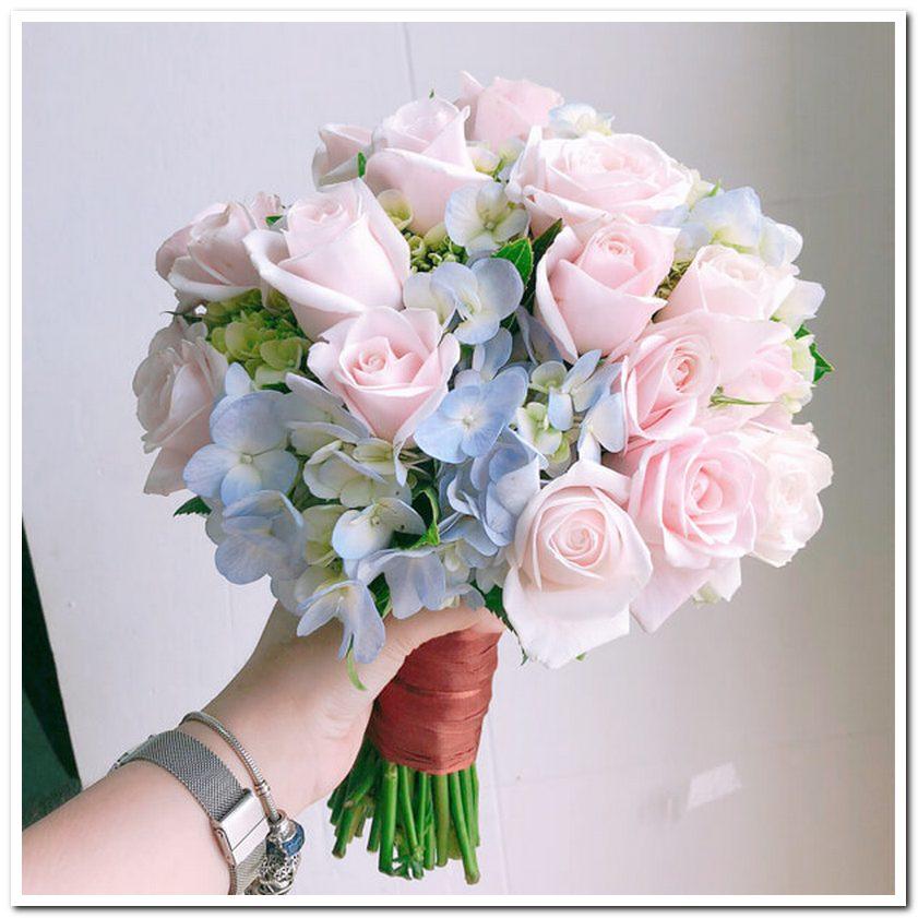 Hoa cưới truyền tải thông điệp hạnh phúc