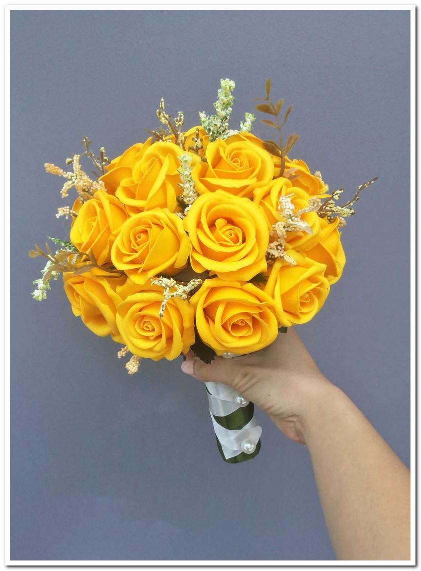 Mẫu hoa cưới cô dâu mệnh Kim