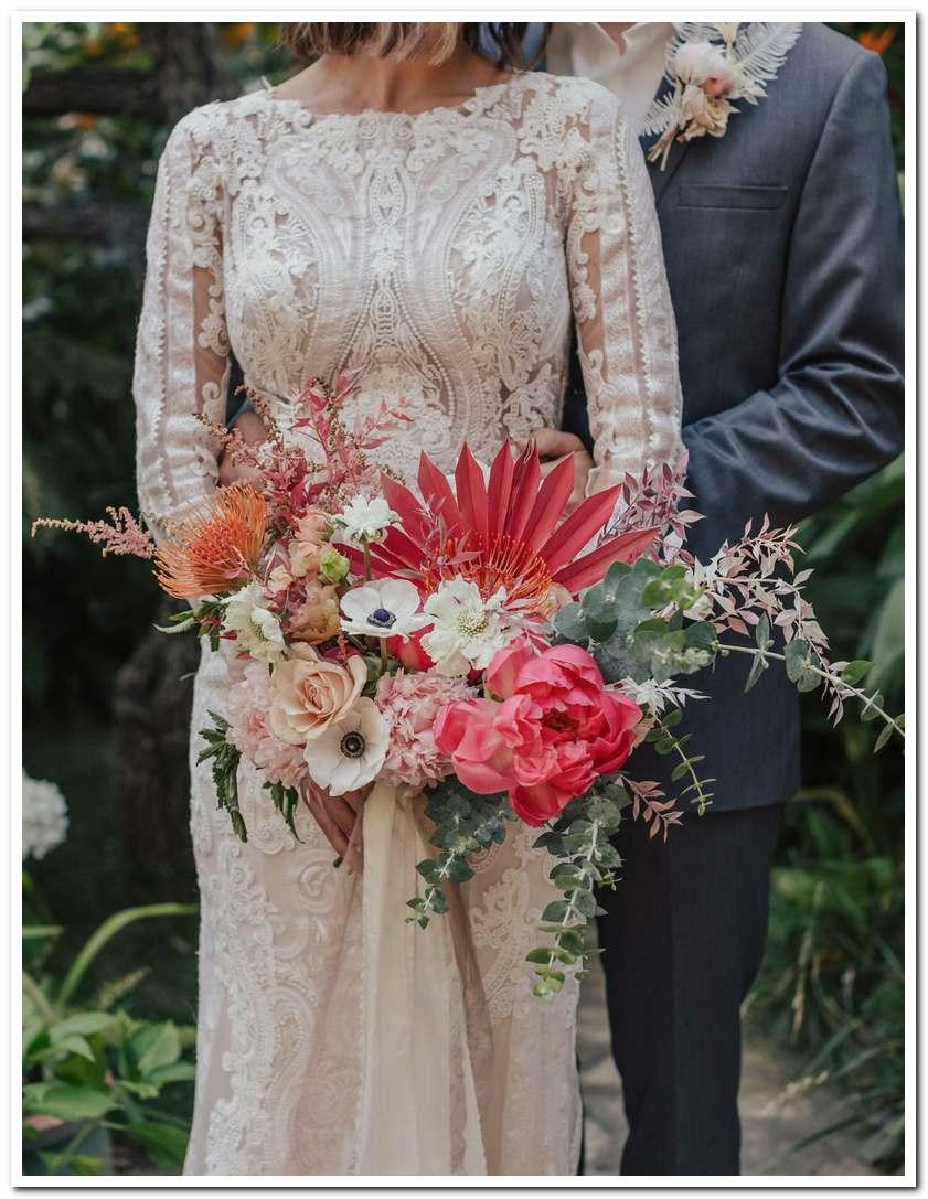 Mẫu hoa cưới cho cô dâu mệnh thổ