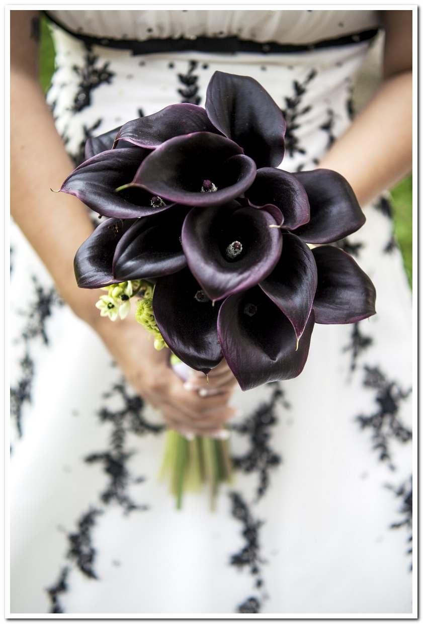 Mẫu hoa cho cô dâu mệnh Thủy