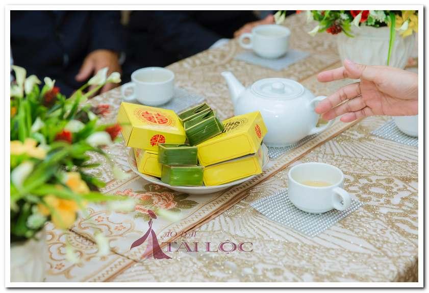 Bánh xu xê dùng mời khách ăn bánh uống trà