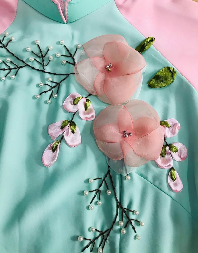 Kiểu dáng áo dài bưng quả xanh ngọc gồm nhiều loại khác nhau