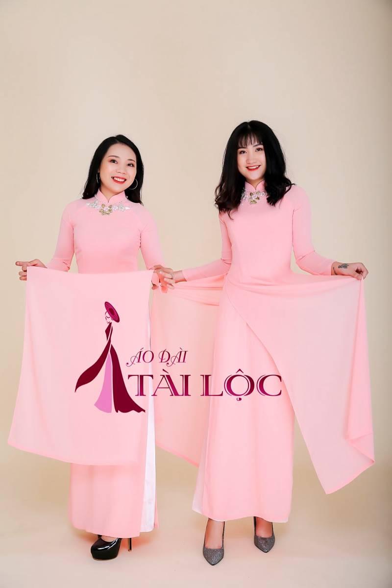 Thuê áo dài bưng quả màu hồng ở đâu đẹp